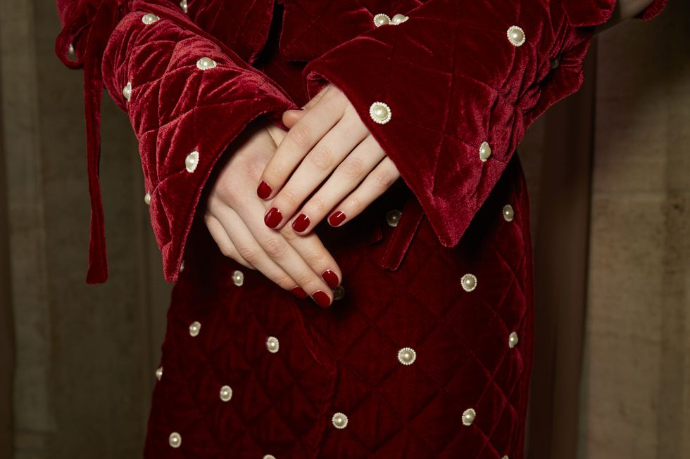 oscar de la Renta Nails by Essie